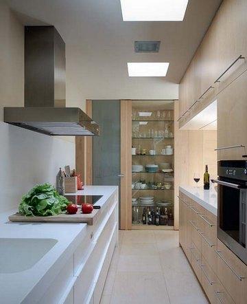 кухня узкая и длинная дизайн фото